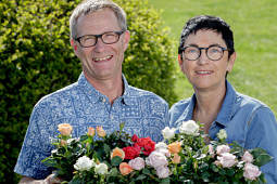 Roses Forever - Rose breeder family - Rosa and Harley Eskelund, Denmark